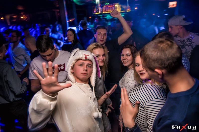 Вечеринка «This Is Пасха. Клубная служба» в клубе «Saxon»
