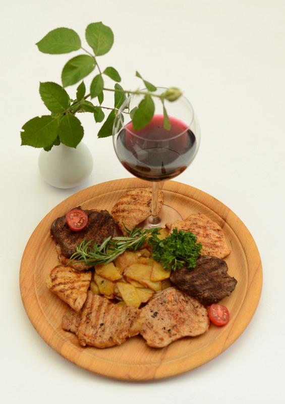 Мясо/рыба и вино в подарок