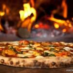 Пиццерия на набережной
