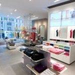Магазин одежды «Lacoste»