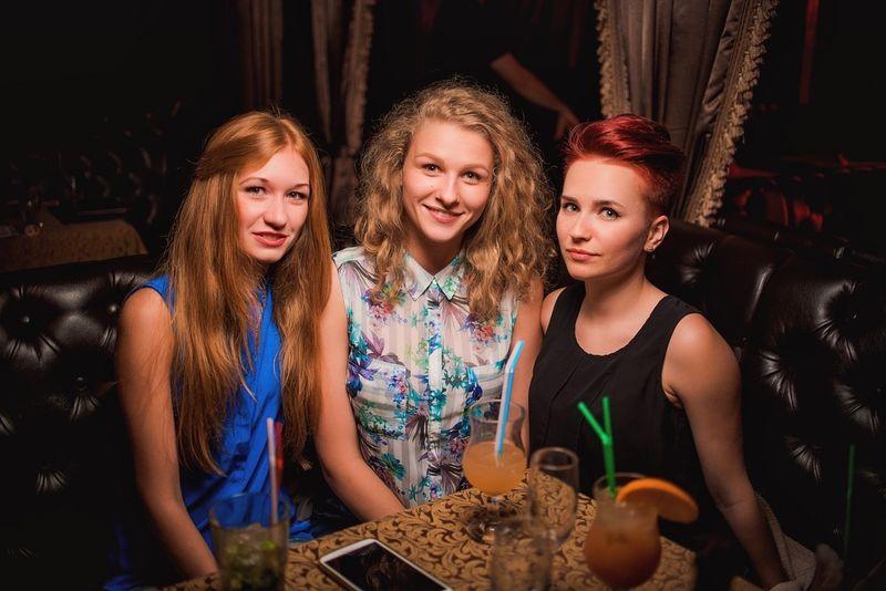 «House Tsunami» в ночном клубе «Saxon»