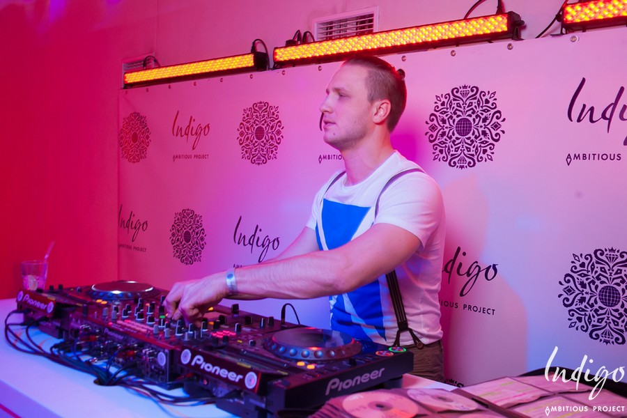 DJ Relanium в клубе Indigo DJ Relanium в клубе Indigo