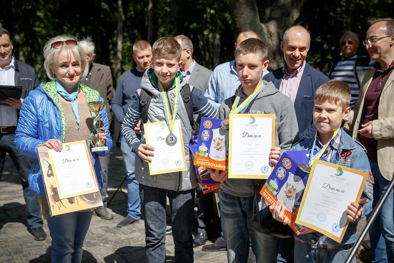 В Дніпрі з'явилася Шахова алея та пройшло нагородження школярів!