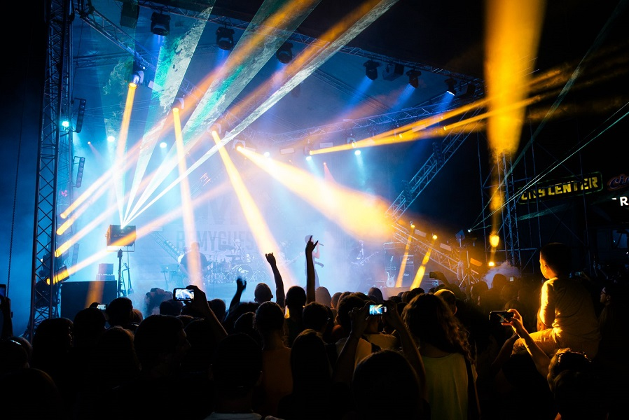 «Грандиозное лазерное рок-шоу»